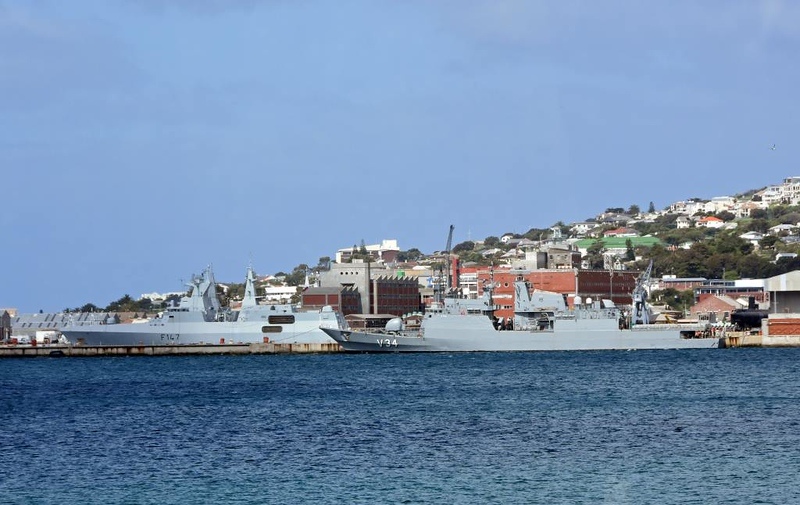 South African frigate F147 Spioenkop & Brazilian corvette V34 Barroso, Simon's Town, 13 September 2018.