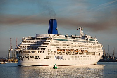P&O's grand old lady 'Oriana'  makes a fine sight as she heads for 106 berth at Southampton  after completing a cruse to Iceland.