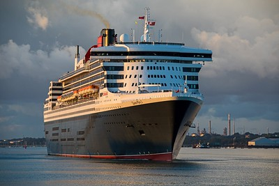 QM2 catches the sunrise as she arrives in Southampton from New York on 10th August 2018.  All three Cunard 'Queens' were in Southampton that day.