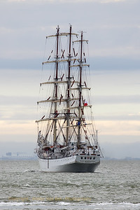 """Dar Młodzieży (""""The Gift of Youth"""") is a Polish sail training ship designed by Zygmunt Choreń. A prototype of a class of six, the following five slightly-differing units were built subsequently by the same shipyard for the merchant fleet of the former Soviet Union. Her sister ships are Mir, Druzhba, Pallada, Khersones and Nadezhda."""