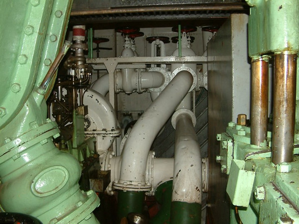 Icebreaker SS Sankt Erik, centrifugal pump and pipework, 30 07 2006.