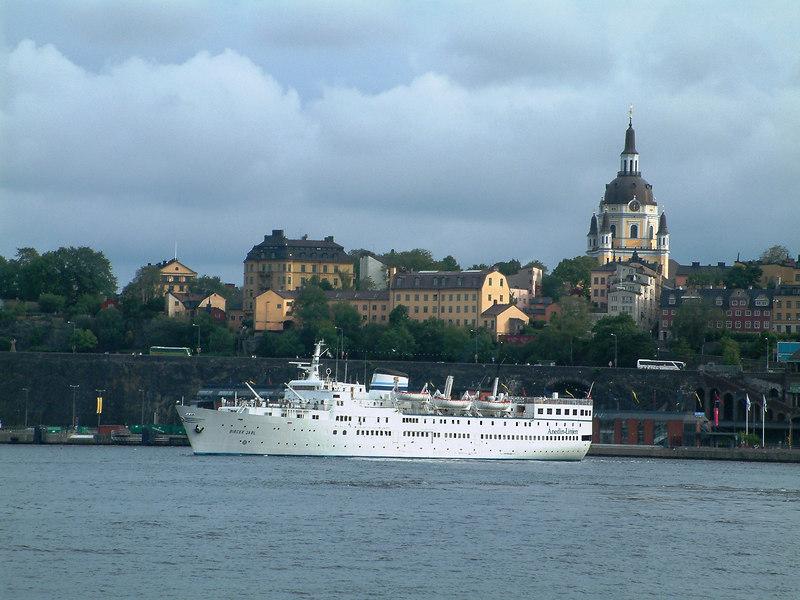 Anedin Line cruise ship Birger Jarl leaving Stockholm, 29 07 2006