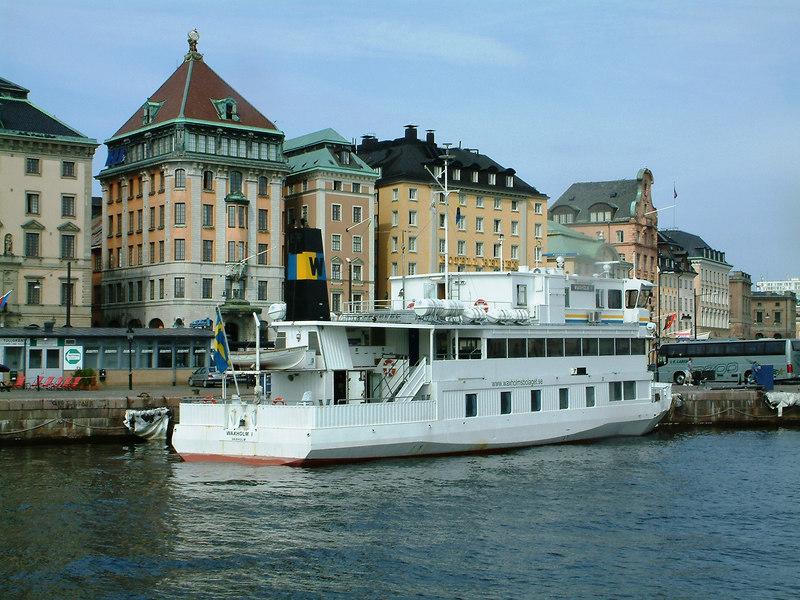 MV Waxholm I at Skeppsbron in Gamla Stan, Stockholm, 28 07 2006
