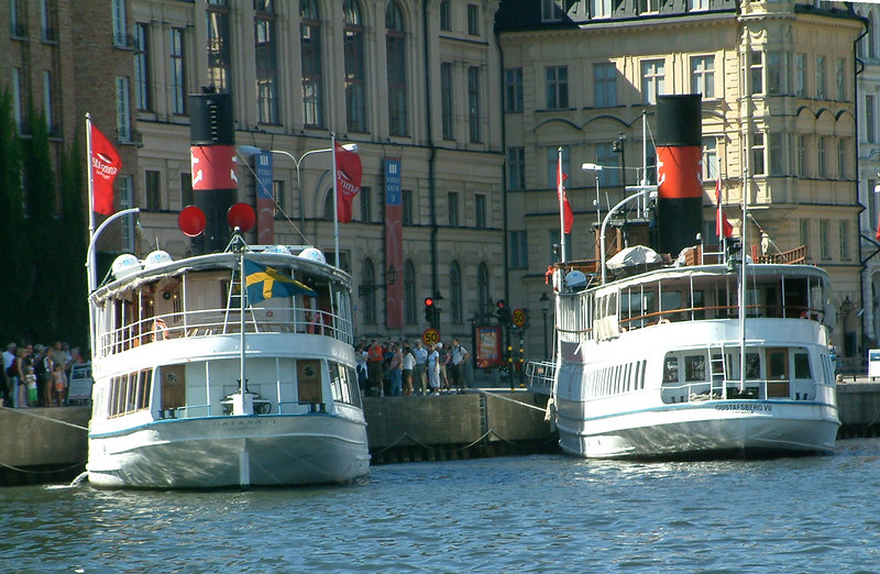 MV Ostana I and MV Gustafsberg VII at Nybroviken, Stockholm, 30 07 2006