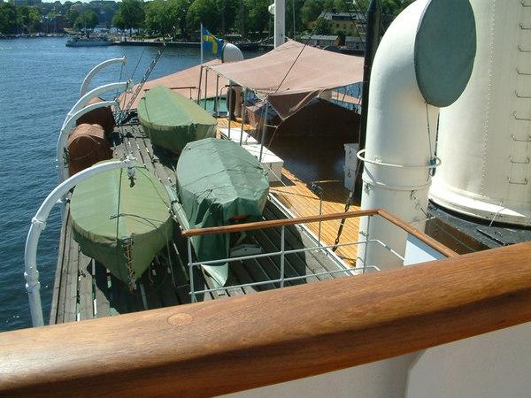 Icebreaker SS Sankt Erik, view aft from the bridge, 30 07 2006.