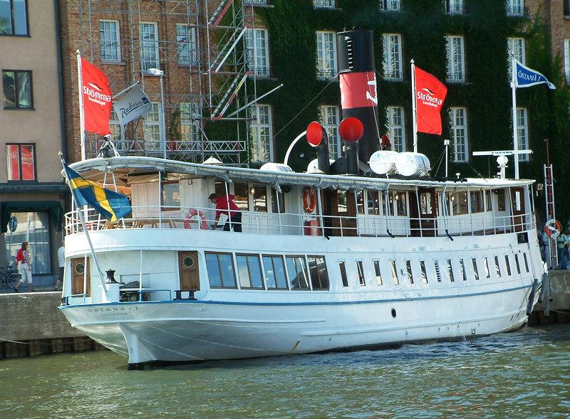 MV Ostana I at Nybroviken, Stockholm, 30 07 2006