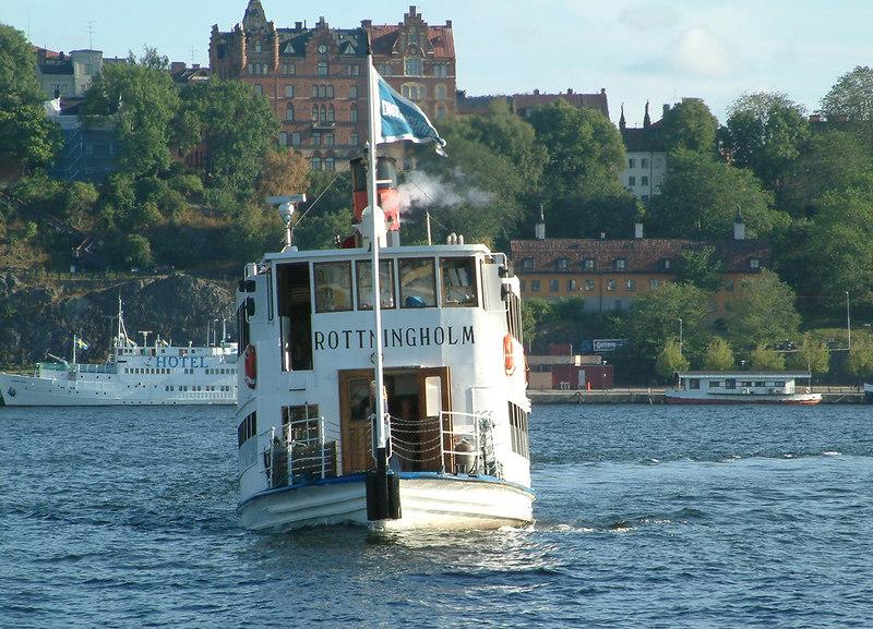 SS Drottingholm approaching Klara Malarstrand, Stockholm, 30 07 2006