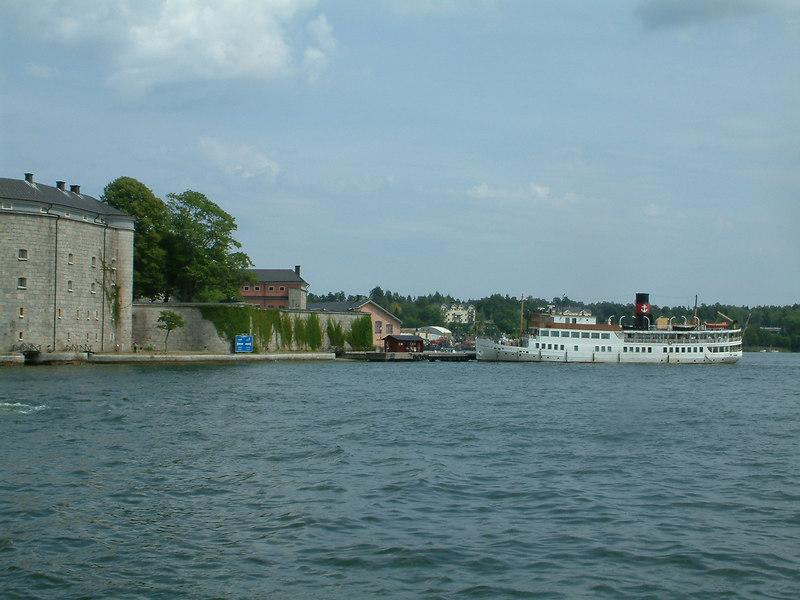 MV/SS Stockholm at Vaxholm Castle pier , 28 07 2006