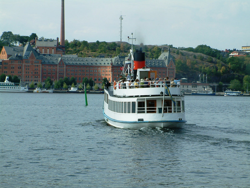 MV Angantyr leaving Klara Malarstrand, Stockholm for the Royal Palace at Drottingholm, 28 07 2006