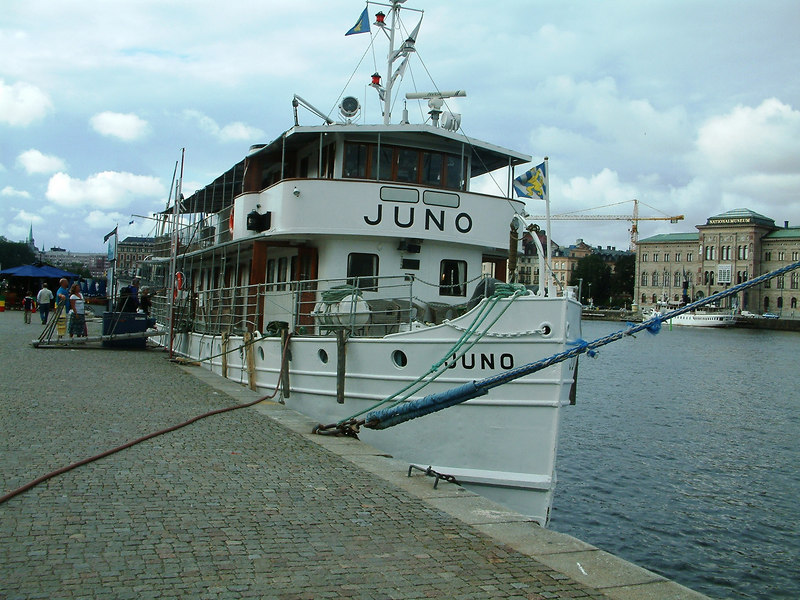 MV Juno at Skeppsbron, Stockholm, 29 07 2006 at the end on one of the regular 4 - 6 day trans-Sweden cruises through the Gota Canal from Goteborg