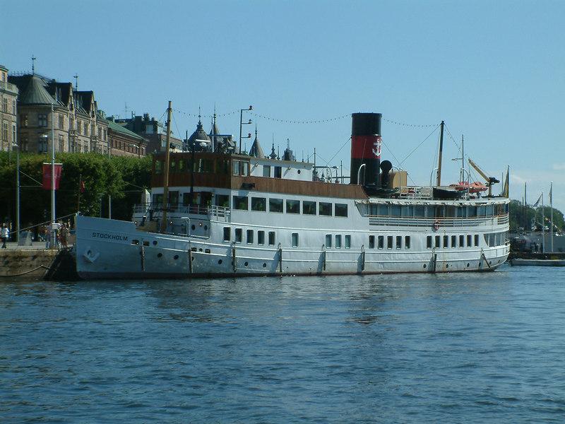MV/SS Stockholm at Strandvagen, Stockholm, 30 07 2006