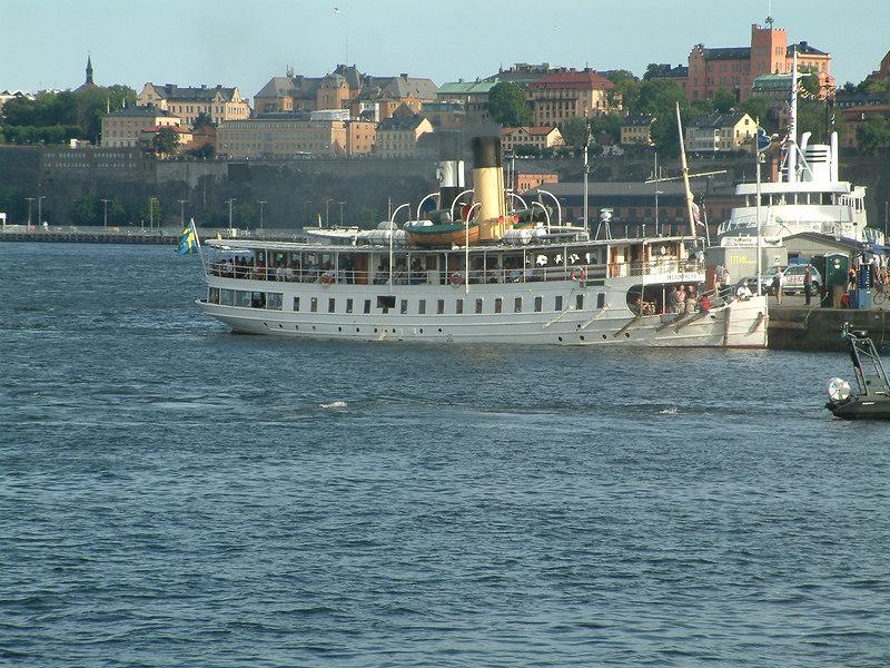 SS Blidosund at Skeppsbrokajen, Stockholm 28 07 2006