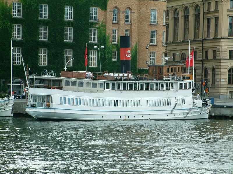 MV Gustafsberg VII at Nybroviken, Stockholm, 29 07 2006