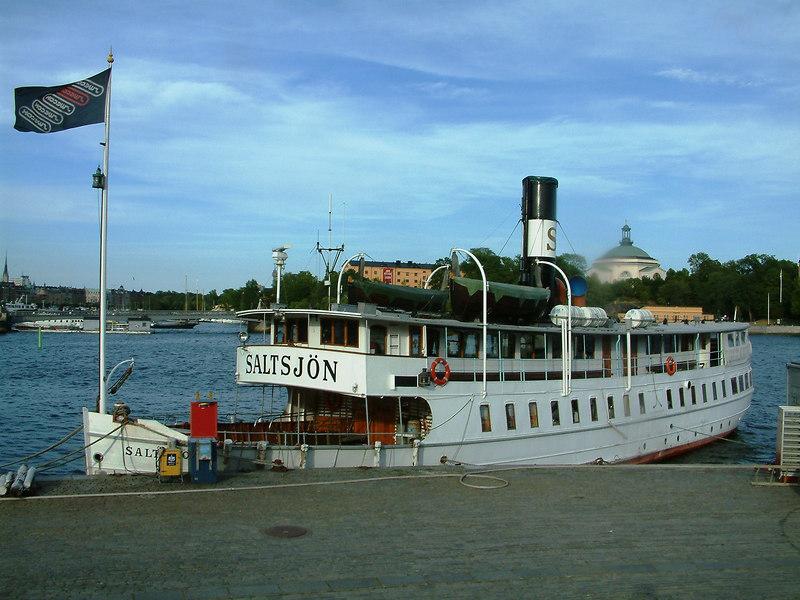 SS Saltsjon at Skeppsbrokajen, Stockholm 27 07 2006