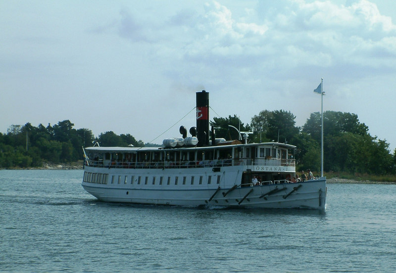 MV Ostana I cruising in the Stockholm Archipelago, 28 07 2006