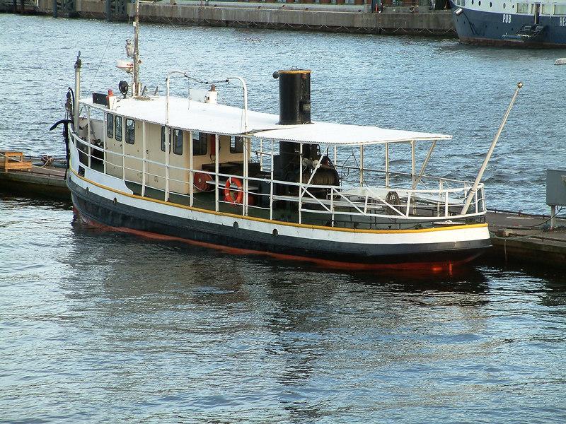 SS Neptun at Gamla Stan, Stockholm, 27 07 2006