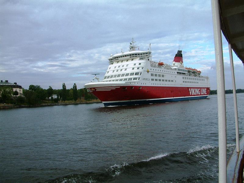 Viking Line ferry Amorella passing SS Storskar in Saltsjon, Stockholm, 29 07 2006