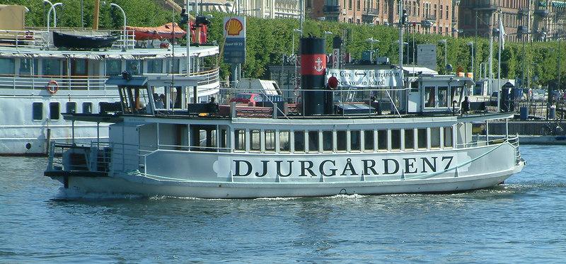 MV Djurgarden 7 off Strandvagen, 30 07 2006