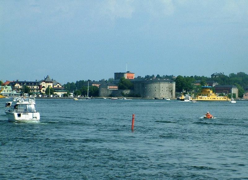 Approaching Vaxholm, 28 07 2006