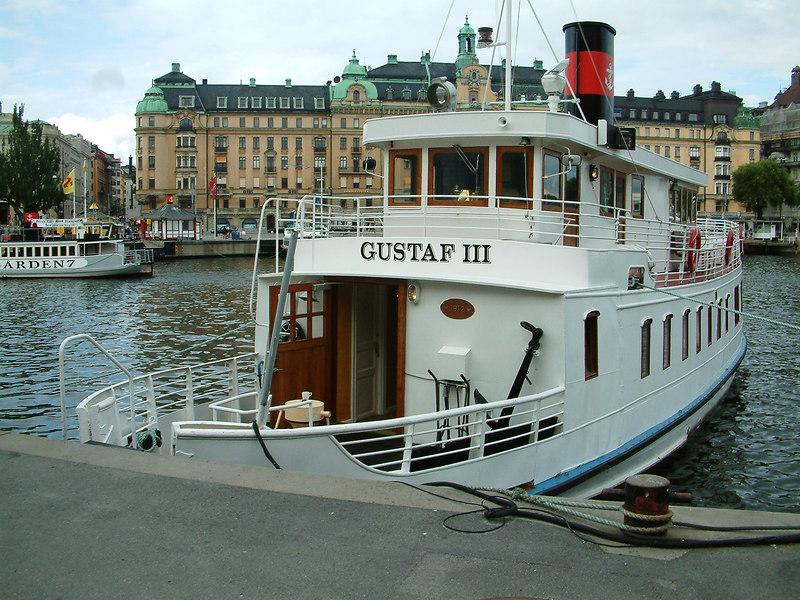 MV Gustaf III at Nybroviken, Stockholm, 29 07 2006