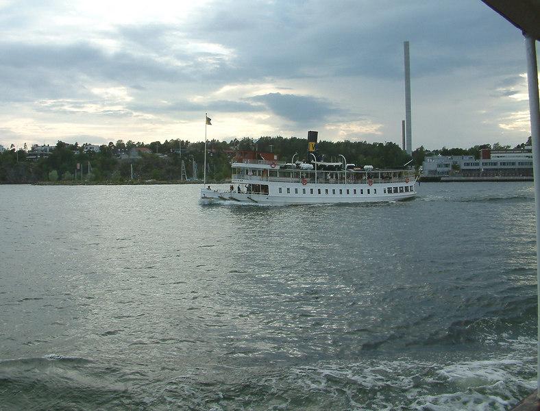 SS Norrskar leaving Gashaga , 29 07 2006