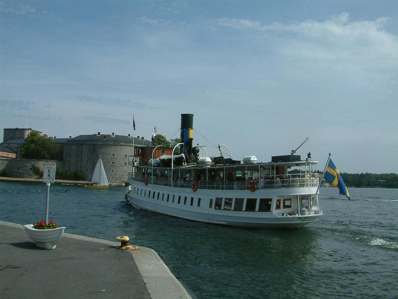 SS Norrskar leaving Vaxholm
