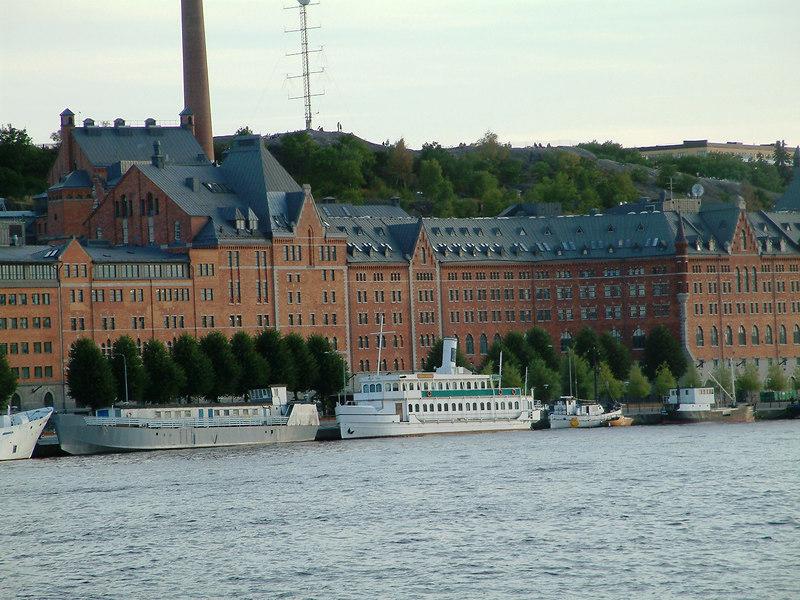 Various unknown vessels at Soder Malarstrand, Stockholm, 28 07 2006