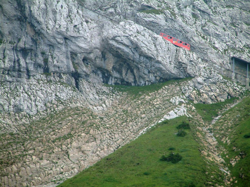 A descending Pilatus train