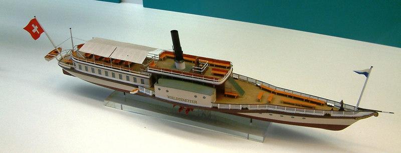 Model of Lake Lucerne paddle steamer Waldstatter (I) (1847 -1918)