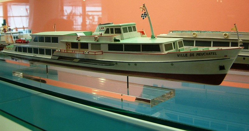 Model of the motor vessel Ville de Neuchatel