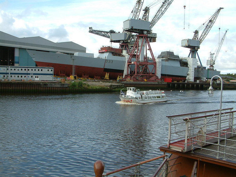 Dauntless - bow section now aligned with the main hull, 21st August 2006