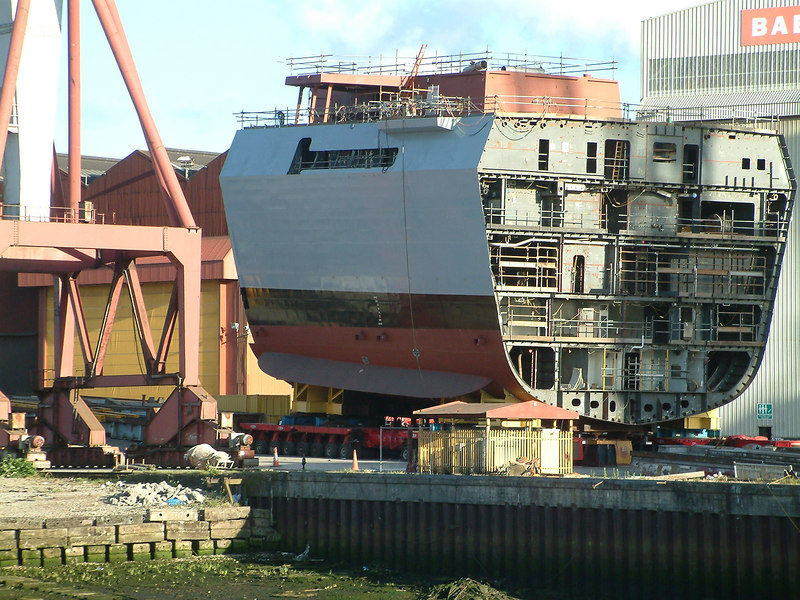 Typical of the large pre-assembled blocks, built under cover, then rolled out onto the building berth at Govan. Dauntless, 24th June 2006.