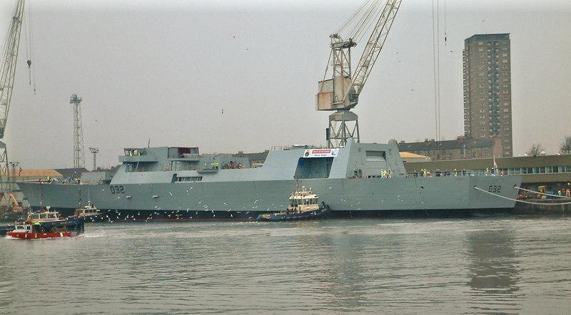HMS Daring at Elderslie Wall, Scotstoun, 1st February 2006.