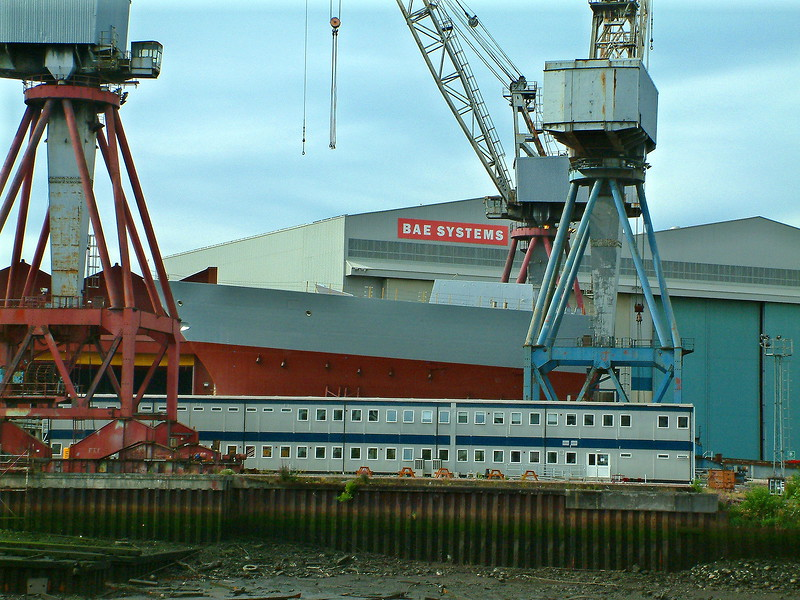 The bow section of Dauntless, newly arrived from VT Shipbuilding, on the berth at Govan, 13th August 2006