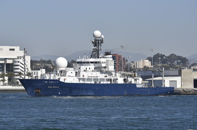 T-AGOR-24<br /> Roger Revelle<br /> Leased to Scripps Institution of Oceanography, University of California.