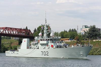 HMCS Nanaimo (MM 702)