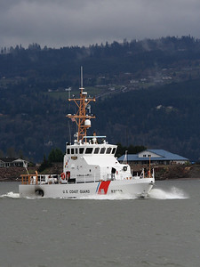 USCGC ADELIE (WPB-87333)  Columbia River, Columbia City, Oregon