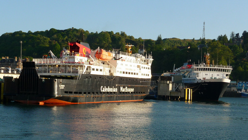 On arrival at Oban about 13 hours after leaving Glasgow Waverley found Cal Mac's Clansman and Isle of Mull at the Railway Pier - the former was immobilised with an engine fault at the time.