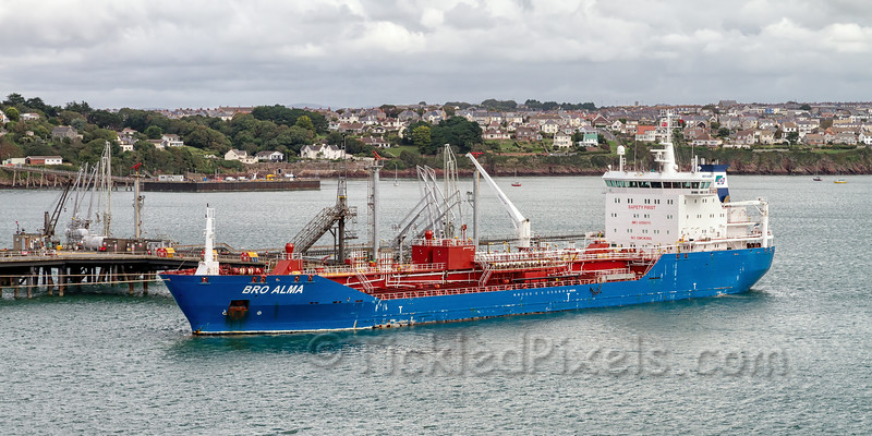 Oil Products Tanker 'Bro Alma'