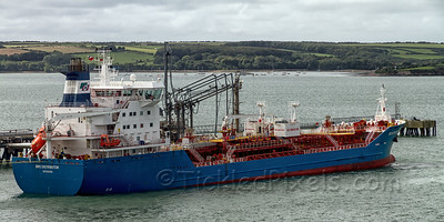 Oil Products Tanker 'Bro Distributor'