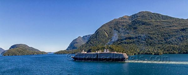 HAL Oosterdam Cruising Milford Sound