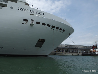 MSC MUSICA from Vaporetto Venice 26-07-2015 12-33-58
