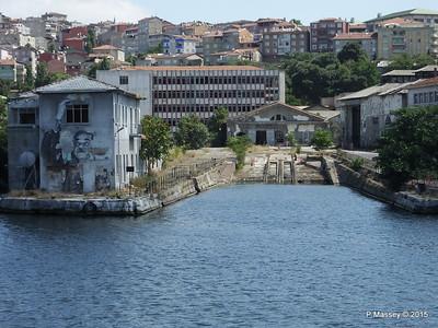 Derelict Slipway Halic Golden Horn Shipyard Istanbul 20-07-2015 08-14-12