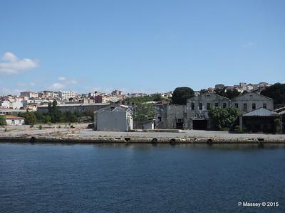 Abandoned Golden Horn Shipyard Istanbul 20-07-2015 08-13-34