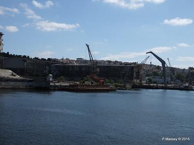 Abandoned Golden Horn Shipyard Istanbul 20-07-2015 08-13-029