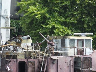 Abandoned PASALIMANI Golden Horn Istanbul 20-07-2015 08-12-029