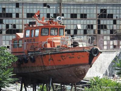 PILOT 75 abandoned Golden Horn Shipyard Istanbul 20-07-2015 08-13-005