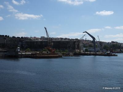 Abandoned Golden Horn Shipyard Istanbul 20-07-2015 08-13-26