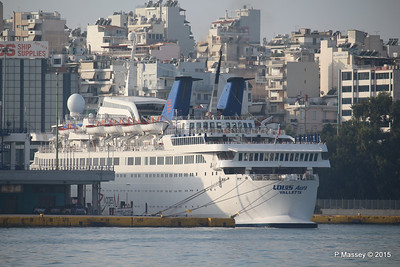 LOUIS AURA Piraeus PDM 20-10-2015 07-34-52