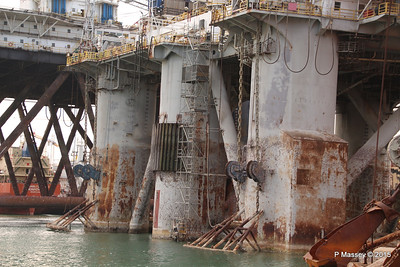 GSF ALEUTIAN KEY Grand Harbour Valletta 24-11-2015 11-49-15